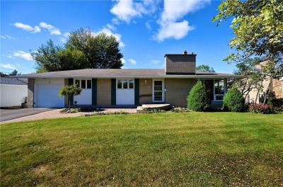 Photo of 36 Cherrywood Drive, Nepean, Ontario K2H6G7