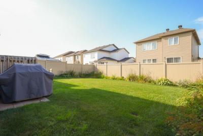 Photo of 211 Emerillion Ridge, Ottawa, Ontario K4A0R5