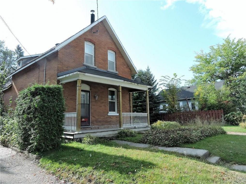 52 Daniel Street S, Arnprior, Ontario K7S2L6