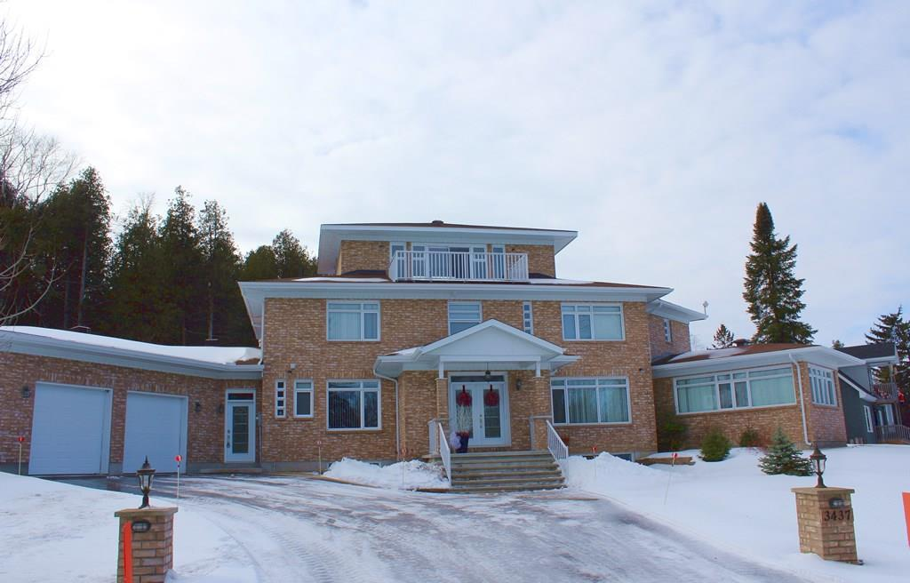 3437 Baskins Beach Road, Ottawa, Ontario K0A1T0