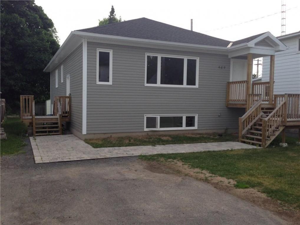 659 George Street, Prescott, Ontario K0E1T0