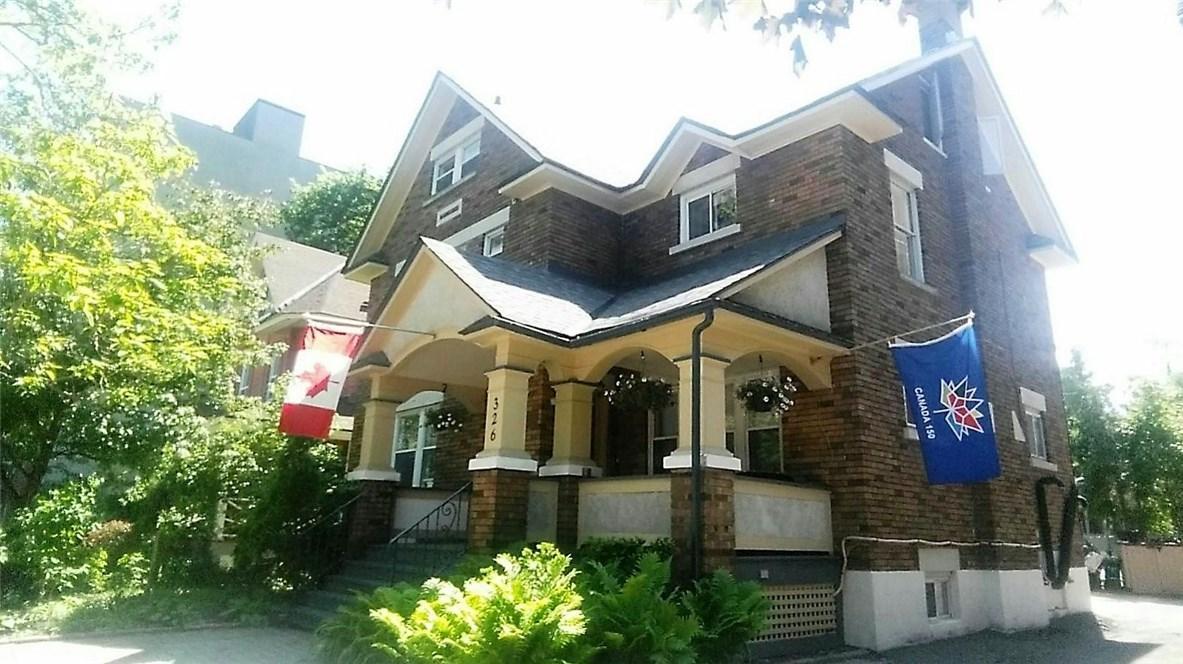 326 Chapel Street Unit#4, Ottawa, Ontario K1N7Z3