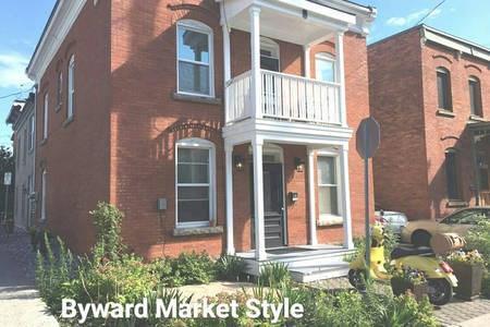 64 St Andrew Street Unit#1, Ottawa, Ontario K1N5E9