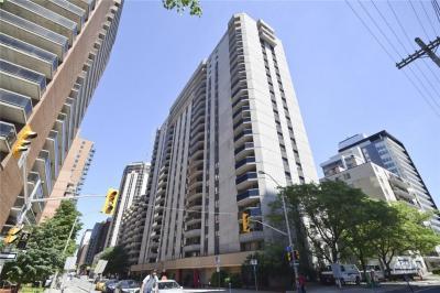 Photo of 470 Laurier Avenue W Unit#904, Ottawa, Ontario K1R7W9