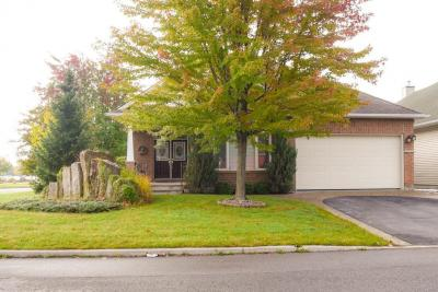 Photo of 854 Swallowtail Crescent, Orleans, Ontario K4A4M5