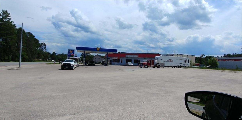 33311 Hwy 17 Highway, Deep River, Ontario K0J1P0