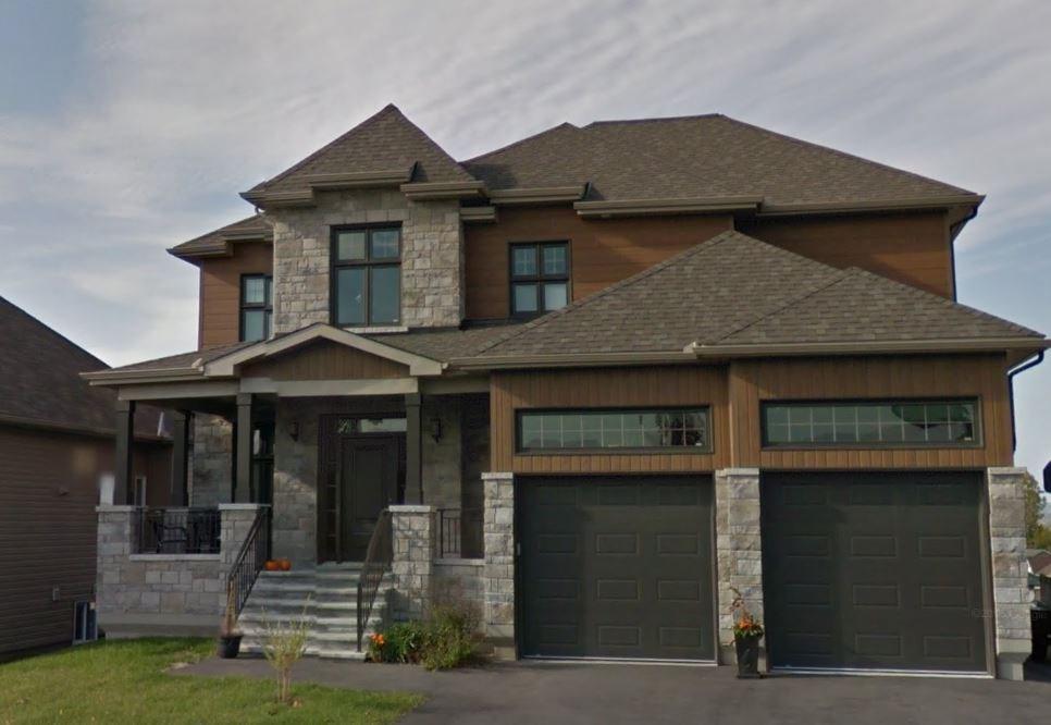 176 Jasper Crescent, Rockland, Ontario K4K0A3