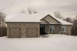 20450 Patricia Lane, Green Valley, Ontario K0C1L0