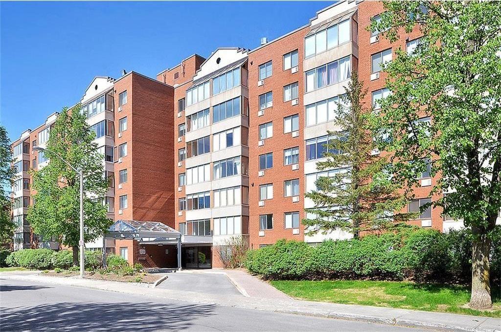 225 Alvin Road Unit#302, Ottawa, Ontario K1H4H6