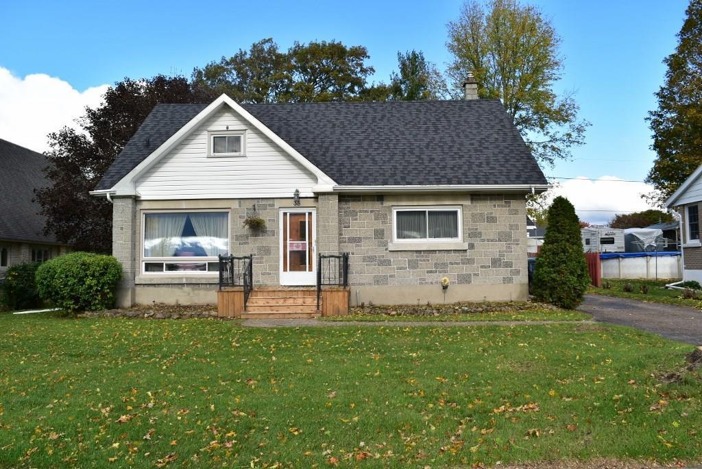 38 Lakeview Drive, Iroquois, Ontario K0E1K0