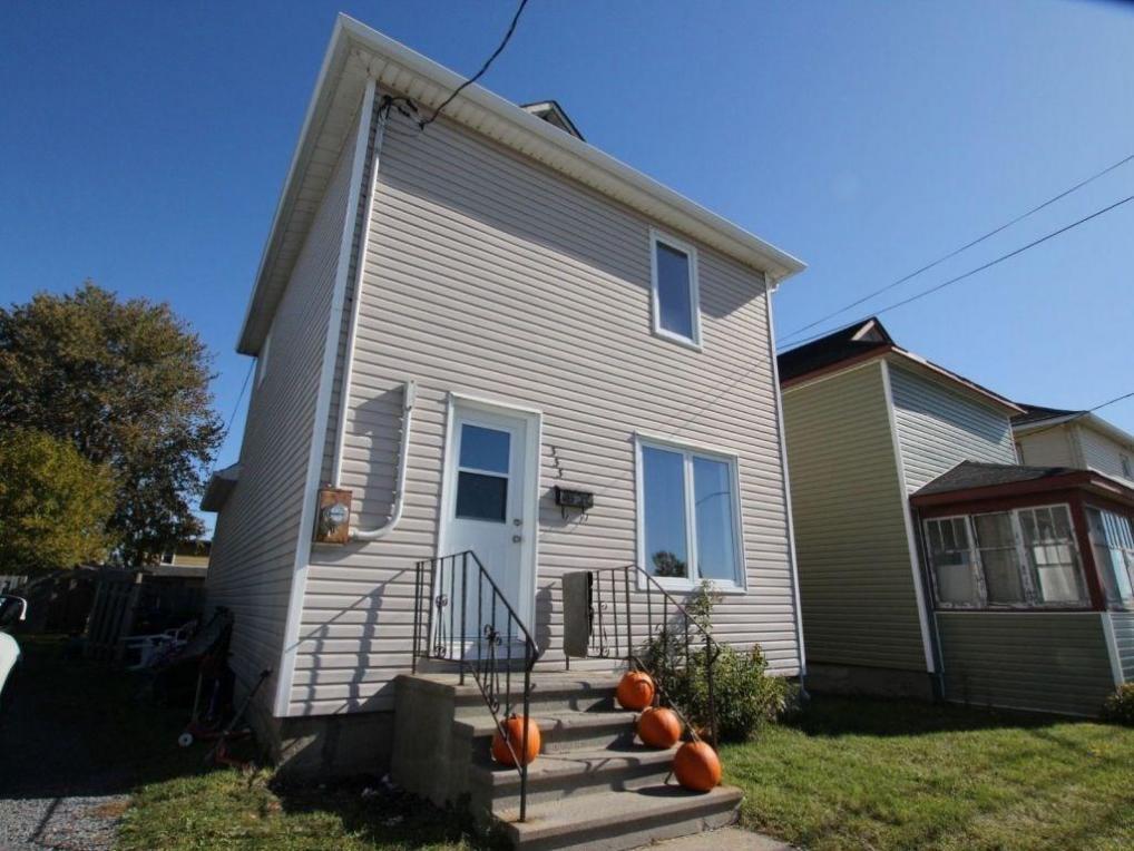 333 Brookdale Avenue, Cornwall, Ontario K6J4P2