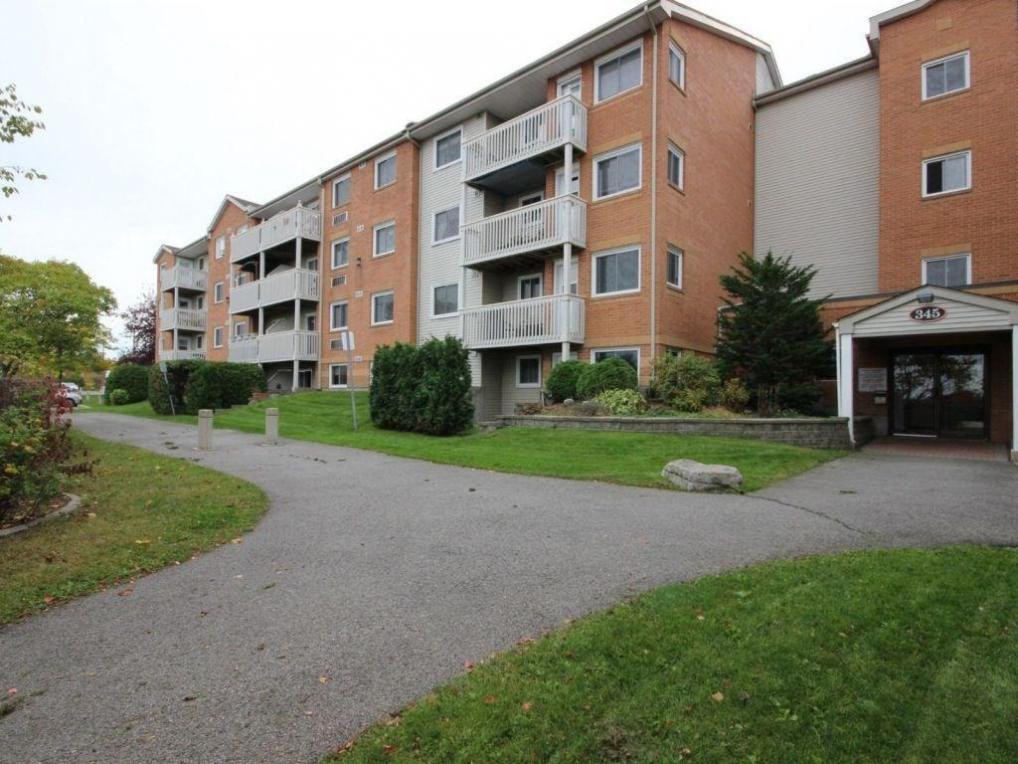 345 Centrum Boulevard Unit#102, Orleans, Ontario K1E3W9