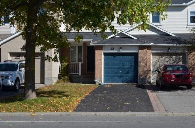 Photo of 25 Helmsdale Drive, Ottawa, Ontario K2K2S2