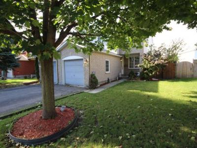 Photo of 4286 Owl Valley Drive, Gloucester, Ontario K1V1L8