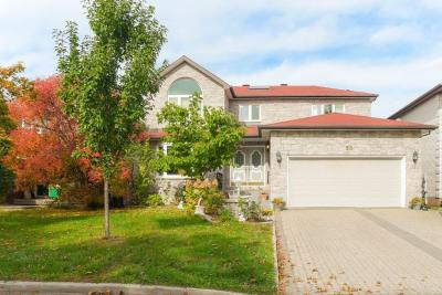 Photo of 58 Topley Crescent, Ottawa, Ontario K1G4L9