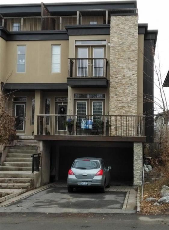 285 Kirchoffer Avenue, Ottawa, Ontario K2A1Y1
