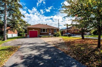 Photo of 1679 Alta Vista Drive, Ottawa, Ontario K1G0G7
