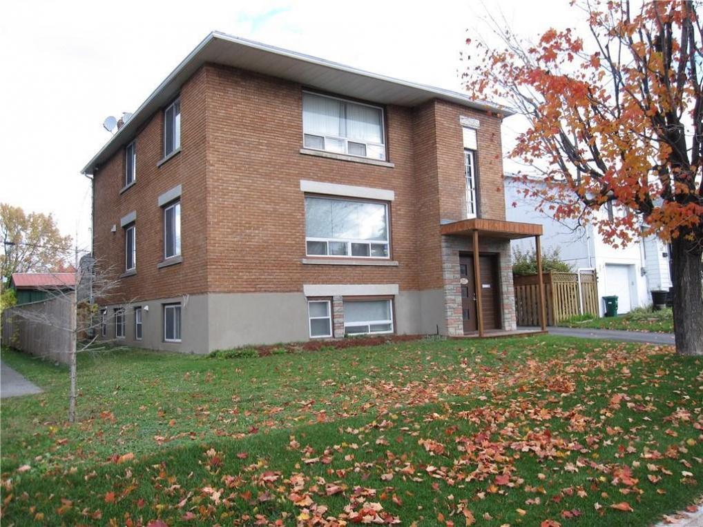 287 Glynn Avenue, Ottawa, Ontario K1K1R9