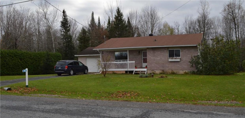 240 Agathe Street, Rockland, Ontario K4K1K7