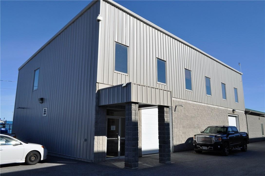 105 Willowlea Road Unit#b, Ottawa, Ontario K0A1L0