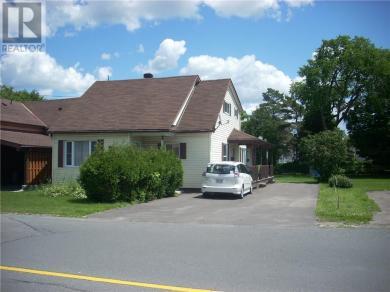 353 Cameron Street, Hawkesbury, Ontario K6A3B3