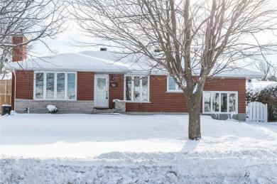 592 Cecile Boulevard, Hawkesbury, Ontario K6A1P3