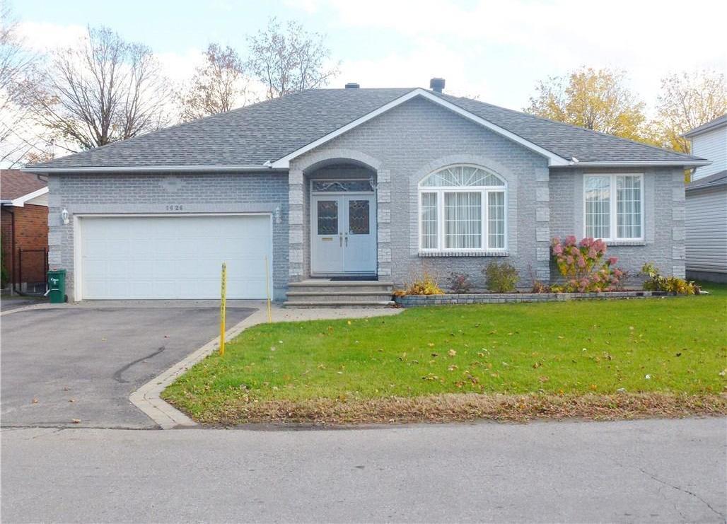1626 Athans Avenue, Ottawa, Ontario K1T1L1