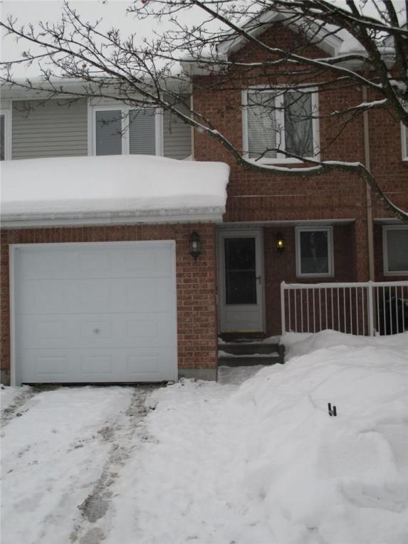 1804 Summerfields Crescent, Ottawa, Ontario K1C7B8