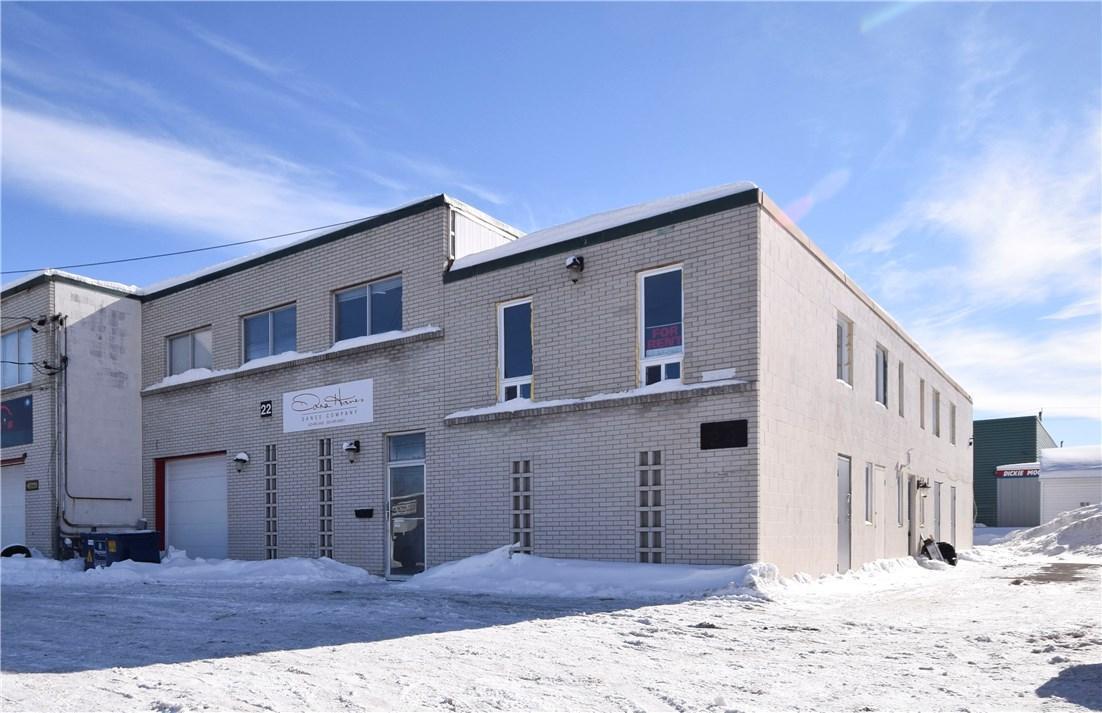 24 Caesar Avenue, Ottawa, Ontario K2G0B2