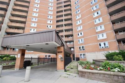 Photo of 2000 Jasmine Crescent Unit#912, Ottawa, Ontario K1J8K4