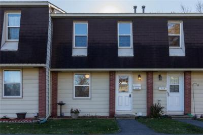 Photo of 122 Glen Park Drive, Ottawa, Ontario K1B4Y4