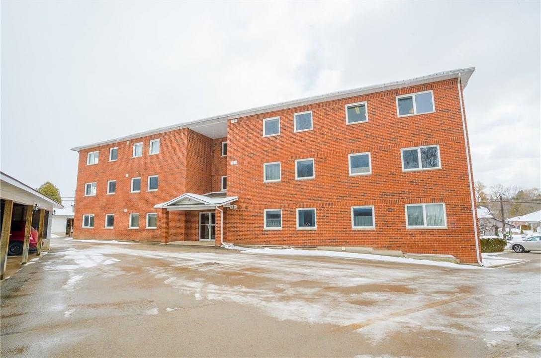 2 Rideau Street Unit#9, Westport, Ontario K0G1X0