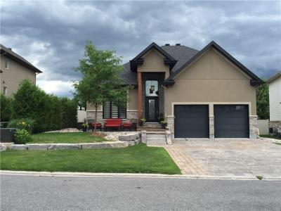 Photo of 40 Feldspar Crescent, Ottawa, Ontario K2S1Y4