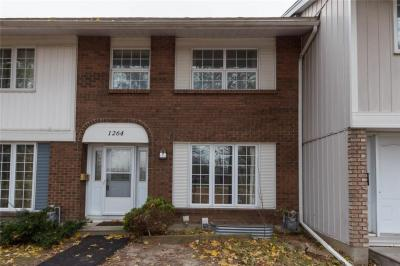 Photo of 1264 Pebble Road Unit#13, Ottawa, Ontario K1V8V4