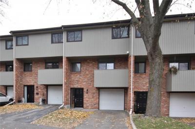 Photo of 50 Greenbank Road Unit#3, Ottawa, Ontario K2H8R3