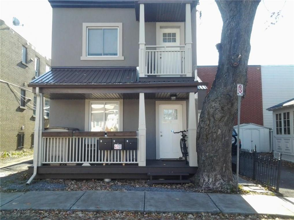 208 Carillon 206 Street, Ottawa, Ontario K1L5X8