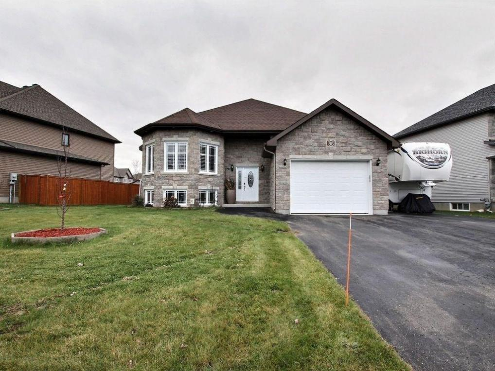 86 South Indian Drive, Limoges, Ontario K0A2M0