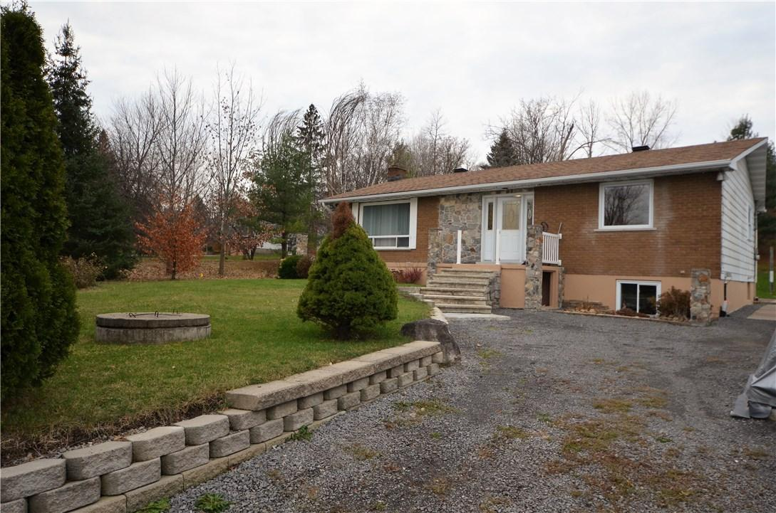 1142 Dunning Road, Cumberland, Ontario K4C1E5