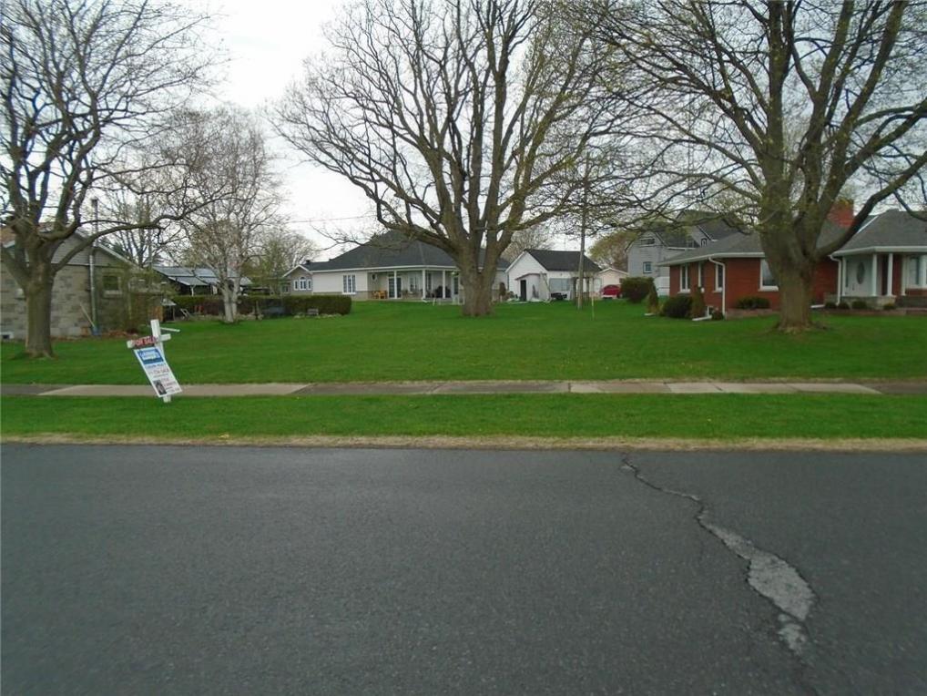 30 Lakeview Drive, Iroquois, Ontario K0E1K0