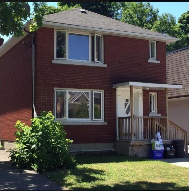 298 Duncairn Avenue, Ottawa, Ontario K1G7Z9