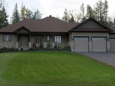Photo of 151 Country Carriage Way, Carp, Ontario K0A1L0