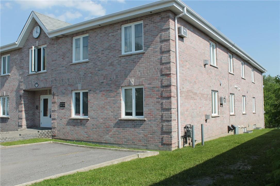 97 Mill Street Unit#2b, Russell, Ontario K4R1E1