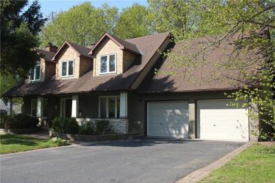 Photo of 5588 Whitewood Avenue, Ottawa, Ontario K4M1C9