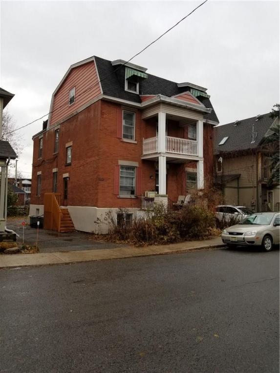 77-79 Vaughan Street, Ottawa, Ontario K1M1X3