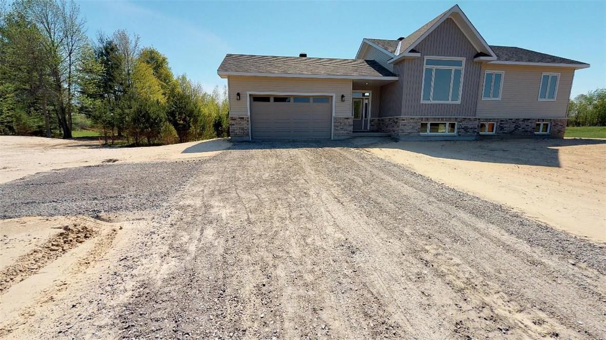 116 Smith Road, Kemptville, Ontario K0G1T0