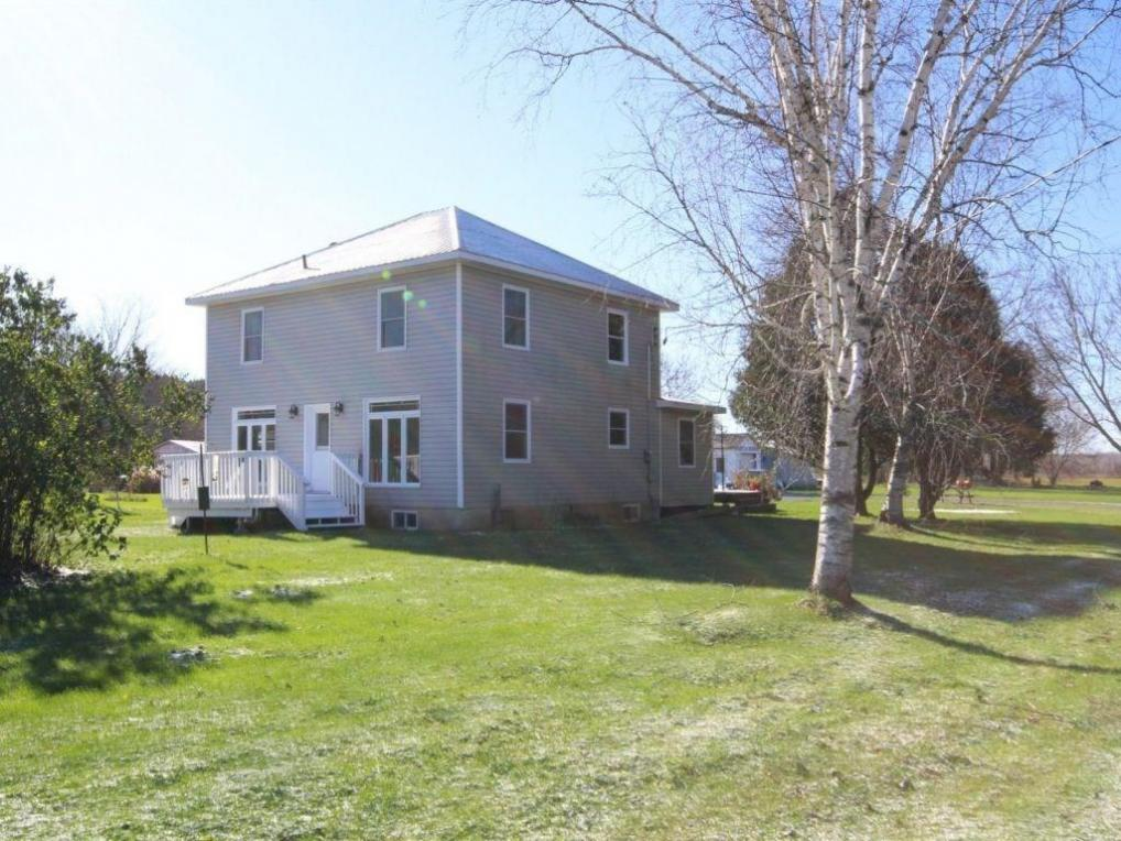 4226 Indian Creek Road, Hammond, Ontario K0A2A0