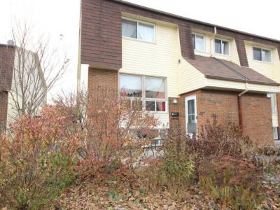 Photo of 47 Forester Crescent Unit#c, Nepean, Ontario K2H8Y3