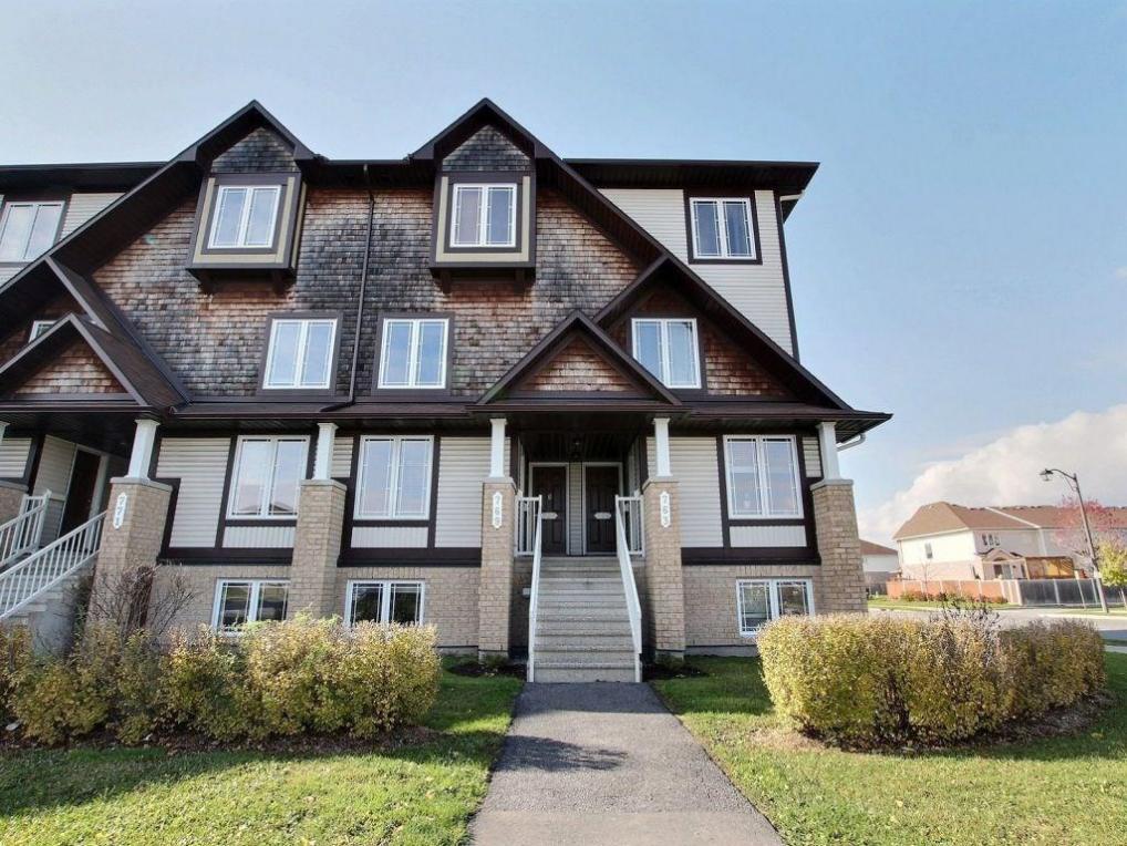 765 Lakeridge Drive, Orleans, Ontario K4A0N4