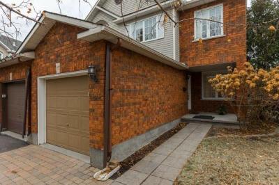 Photo of 4242 Owl Valley Drive, Ottawa, Ontario K1V1L7