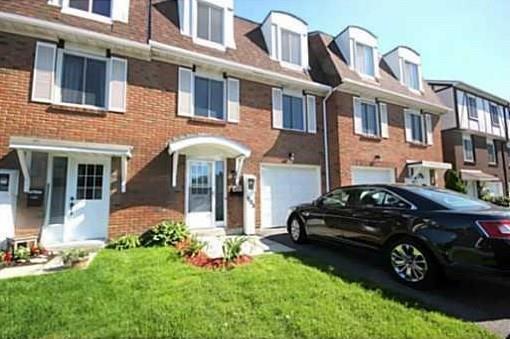1803 Axminster Court, Ottawa, Ontario K1C1Z5